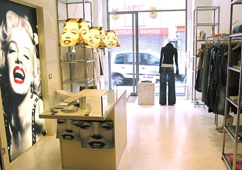 Smilecity for Negozi arredamento roma centro